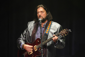 Hire Alan Parsons for an event.