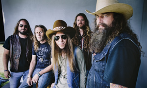 Hire Blackberry Smoke for an event.