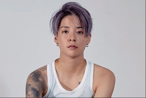 Hire Amber Liu for an event.