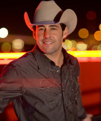 Hire Aaron Watson for an event.